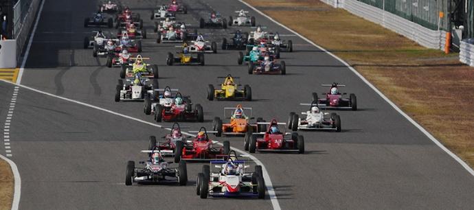 Super-FJ レース風景